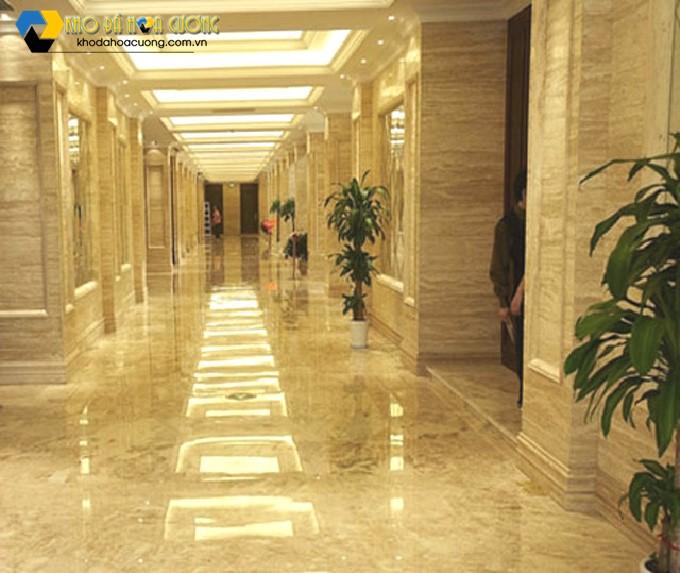 mẫu đá ốp trụ vuông đẹp cho khách sạn